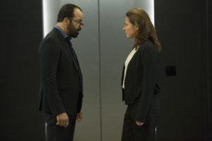 Bernard (Jeffrey Wright) and Theresa (Sidse Babett Knudsen)