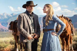 Teddy (James Marsden) and Dolores (Evan Rachel Wood)